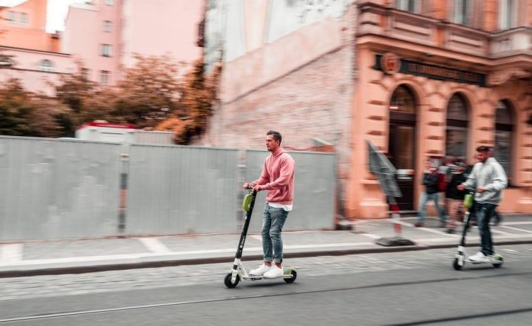 E-Scooter sind der neueste Mobilitätstrend. Foto: Marek Rucinski