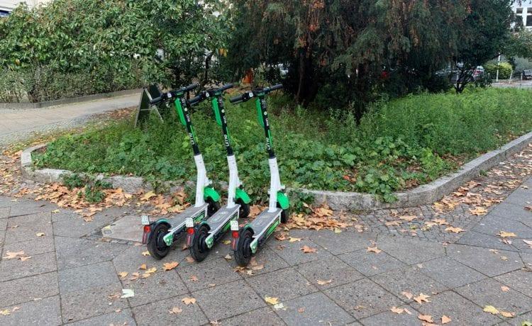 Schulkinder in Sachsen-Anhalt sollen mit E-Scootern vertraut gemacht werden. Foto: Matthias Bannert