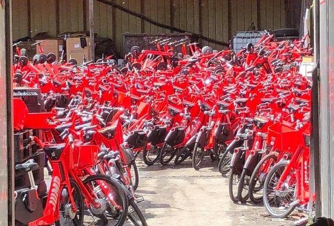 Die Bikes vor der Verschrottung. Credit: Cris Moffitt/Twitter
