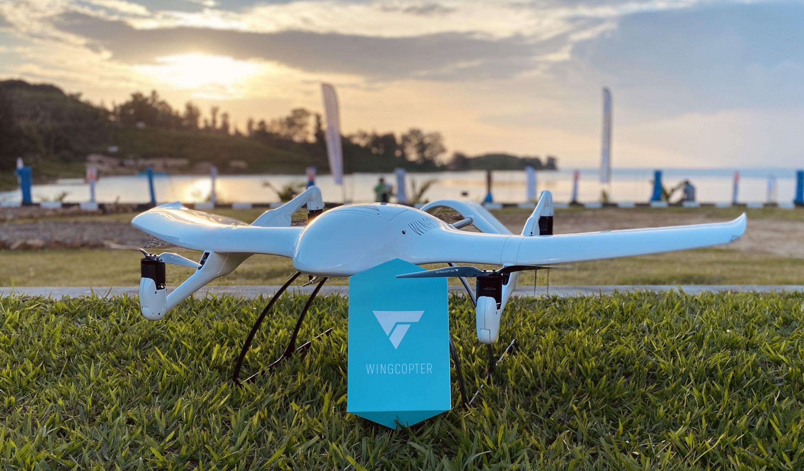 Drohnen können Waren an schwer erreichbare Orte liefern, so etwa in Krisensituationen. Credit: Wingcopter