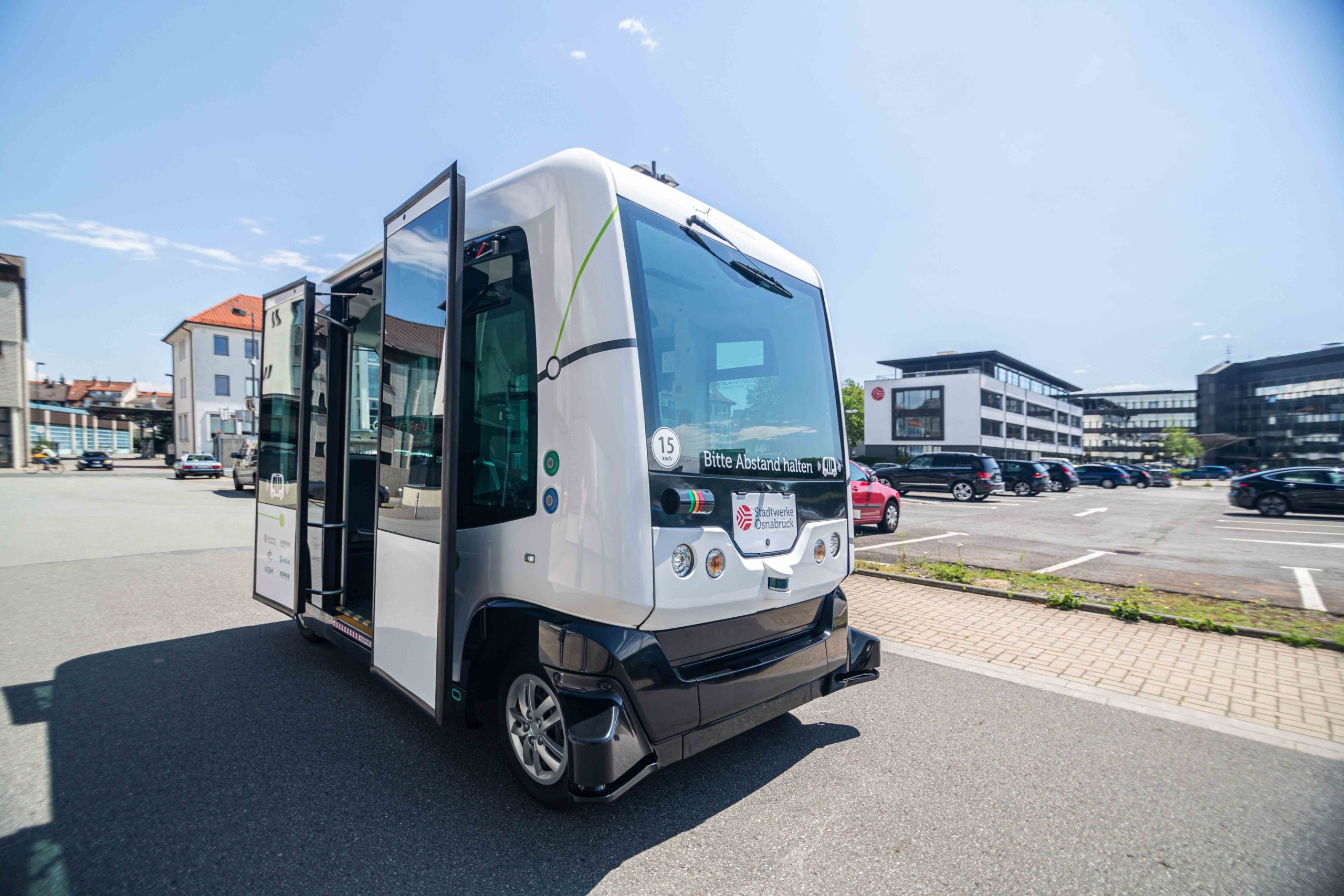 "Der autonom fahrende Minibus ""Hubi"". Foto: Projekt Hub Chain."