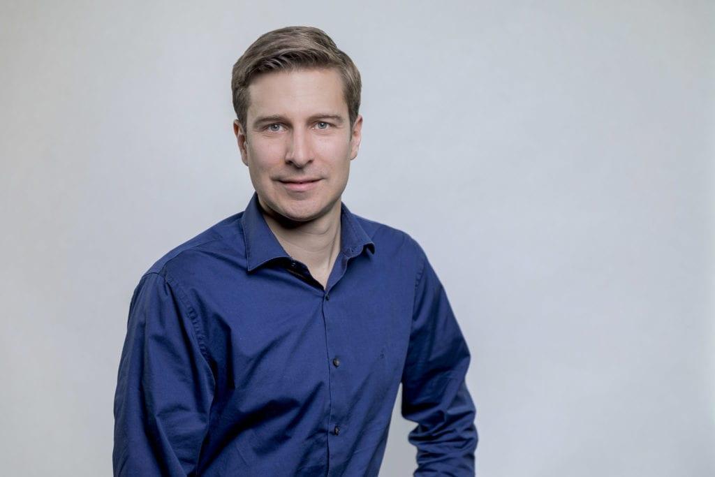 Claus Unterkircher, General Manager bei Voi für den DACH Raum, steht gegenüber MOViNC Rede und Antwort.