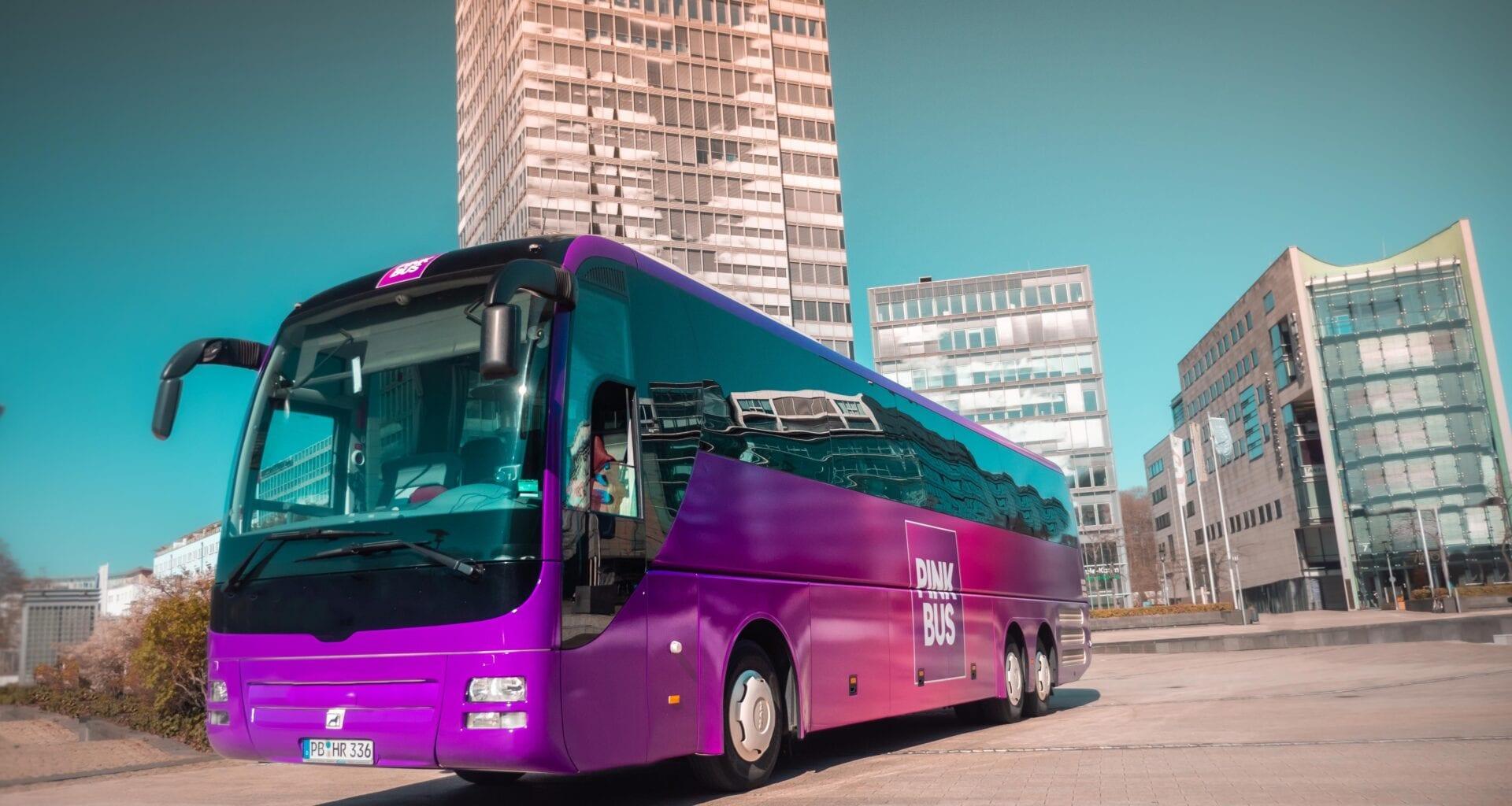 Das neue Design von Pinkbus. Foto: Pinkbus